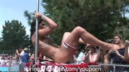 I Love Naked Girls...