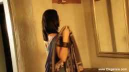 Indian Cougar Flashes Her...