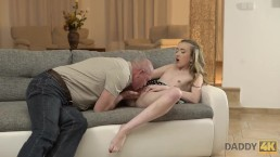 DADDY4K. Tricky dad seduces...