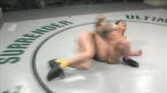 Sexy Ariel wrestling sweet newcomer Leilani