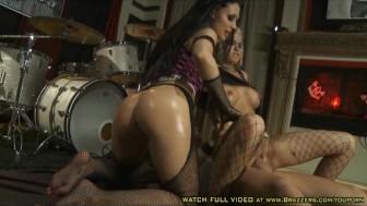 Aletta & Jenny - Big Butt Style