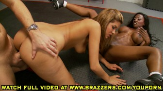 Isis Taylor & Diamond Jackson - Bra Tug of War