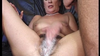 OMG, this dinasaur shows us a hairy creampie!!!