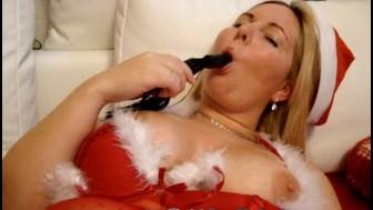 German Camgirl Maracuja - Christmas Dildo Style