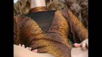Flexible redhead Rachel in nylons (movie)
