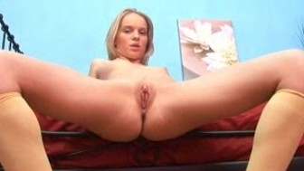 Sending Waves of Pleasure to her Clit Till Orgasm