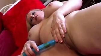 Beautiful big tits mature amateur
