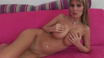 MILF babe Milly solo - CzechSuperStars