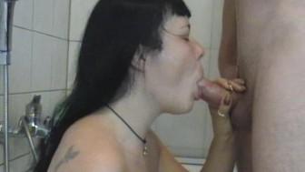 Amateur girlfriend blowjob with facial cumshot
