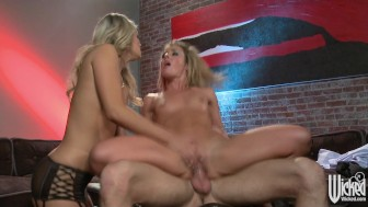 Two naturally gorgeous blondes share a big-dick in HOT threesome