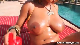 Busty ebony getting naked and playing with her greedy ass