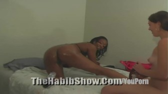 big booty chocolate syrup lesbian Pussy need luv too P2