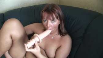 Casting beautiful MILF - Julia Reaves