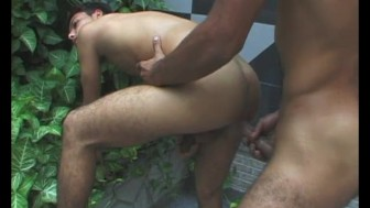 Tourist gets a cock to suck on - Julia Reaves