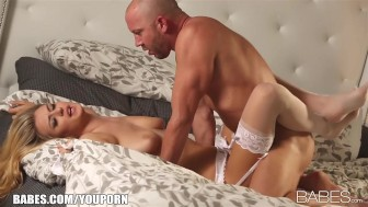 Natural busty blonde is eaten out and penetrated by her lover