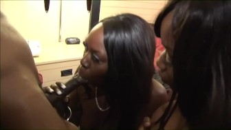 Ebony threesome - Blackout Pictures