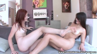 StepSiblings redhead hottie licks brunettes trimmed pussy