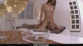 Satomi Suzuki´s Tight MILF Pussy Creampied In POV