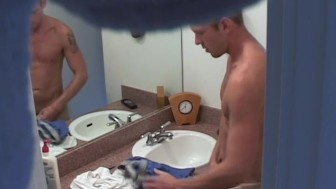 Spying on the hunk next door - XP Videos