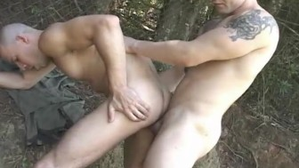 Bareback Fuck In The Great Outdoors - Platinum X