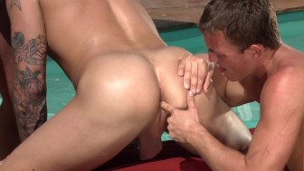 poolside threesome - Hot House