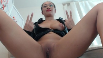 Hot Asian Mistress PornbabeTyra and her reward!