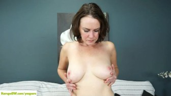 Veronica Snow Fingers Hairy Pussy