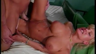 Busty Nurse - X Traordinary Pictures