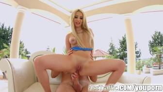Ass Traffic babe gets a huge dick pounding her ass