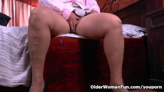 What is granny Maribel hiding in her panties?