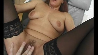 Milf Gets Fucked On The Couch - Julia Reaves
