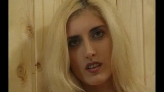 Busty blonde feeling herself up - Julia Reaves