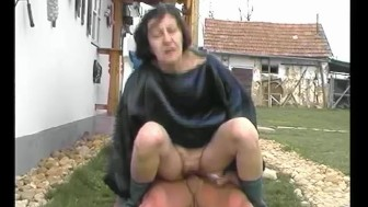 See GILF Ride, See Dick Cum - Julia Reaves