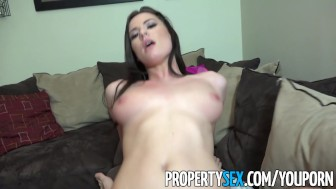 PropertySex - Realtor willing to do anything to get Xmas bonus