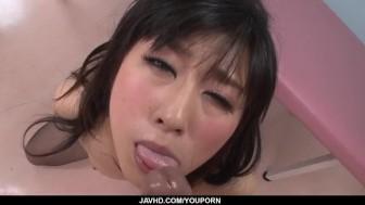 Kyoka Mizusawa feel a big dick sliding between both her holes
