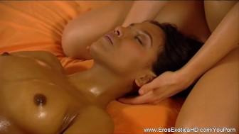 Girls Are Massage Lovers