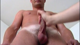 Full video: A nice innocent gym guy serviced his big cock by a guy!