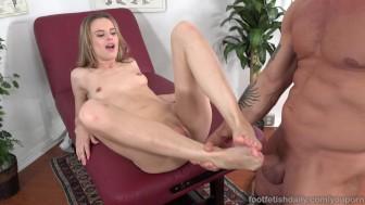 Jillian Janson Loves Her Feet Worshiped