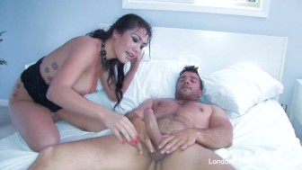 London Keyes Takes Ramon In Her Tight Ass