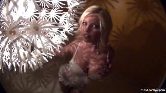 Britney Amber BTS