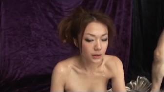 Sakura Hirota finger fucked then pumped by two dicks