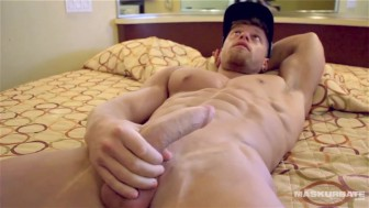 Maskurbate Str8 French Hunk has a Big Cock