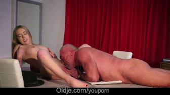 Very wet fever pussy fucked by old doctor after licking vagina