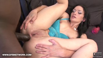 Interracial Porn Mature White Woman Fucked by Black man pussy and anal sex