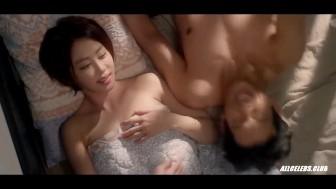 hong i-joo and kang ye-won nude – need clinic