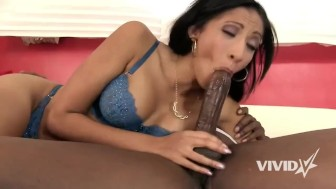 Black babe Sadie receives the strong pounding that she needs